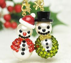 Free project: Cute beaded snowmen charms with flatback crystals