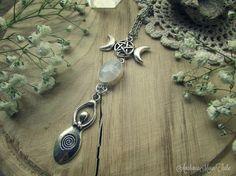 Avalon Triplice Luna Amuleto Dea con pietra di Moonstone (Labradorite bianca)