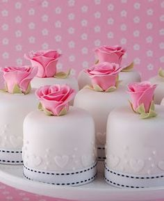Rose and Heart Mini Wedding Cakes