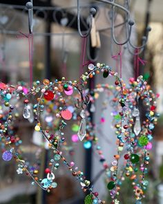 Wire Crafts, Metal Crafts, Diy And Crafts, Crafts For Kids, Diy Projects To Try, Craft Projects, Wire Ornaments, Diy Wind Chimes, Creative Textiles