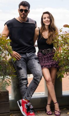 Turkish Men, Turkish Actors, Turkish Fashion, Fashion Tv, Fitness Fashion, Womens Fashion, Beauty And The Beast Wallpaper, Famous In Love, Movie Couples