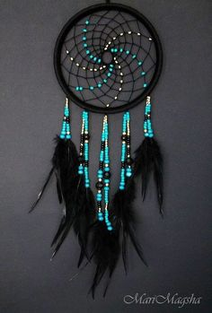 Stunning Dream Catcher Ideas to get only Pleasant Dreams Dream Catchers are Widely Used as Home Decor.Here are Some Handpicked Dream Catcher Ideas to Protect You from Bad Dreams,Nightmares,Negativity Los Dreamcatchers, Dream Catcher Craft, Blue Dream Catcher, Dream Catcher Bedroom, Making Dream Catchers, Dream Catcher Patterns, Dream Catcher Mobile, Beautiful Dream Catchers, Diy And Crafts