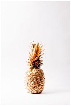Golden pineapple. #pineapple #gold #DIY
