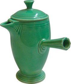 Vinitage Fiesta Demitasse Coffeepot,1910-1950. USA Art Deco, green ceramic.