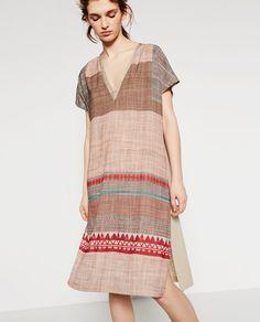 Image 4 of LONG TRIBAL PRINT TUNIC from Zara