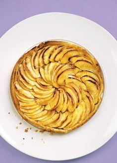 Sie suchen nach einem Rezept für Apfeltarte mit Marzipan? Kein Problem - hier das Rezept für den Apfelkuchen einfach kostenlos herunterladen und nachbacken.