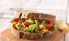 Avocado-Tomaten Sandwich | Becel