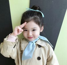 Nu vreau o familie nouă, sau poate. - You are in the right place about kids photography Here we offer you the most beautiful pictures ab - Cute Asian Babies, Korean Babies, Asian Kids, Cute Babies, Funny Baby Gif, Funny Babies, Kids Girls, Baby Kids, Ulzzang Kids