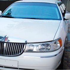 Лімузин Lincoln Town Car Весільний кортеж для вашого свята https://paramoloda.ua/lincoln-town-car-limuzyn #lincolntowncar #lincoln #лімузин #весільнийкортеж #парамолода #тернопіль