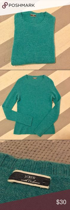 J crew luxe betsy sweater with cashmere The j crew Betsy sweater is their softest sweater in my opinion with 30% cashmere. This is a heather aqua color and a bright happy alternative to winter hues☺ euc. No size or care tag but this fits as a small and is dry clean only. Smoke free home with pets. J. Crew Sweaters Crew & Scoop Necks