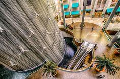 'the Divers Fountain', Dubai, United Arab Emirates