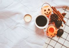 Flat lay of autumn and thanksgiving arrangement style with halloween pumpkin on white sheet blanket background Flat Lay Photography, Makeup Photography, Halloween Pumpkins, Halloween Decorations, Autumn Tattoo, Instagram Makeup, Vintage Halloween, Candle Jars, Vintage Photos