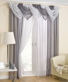 Curtain drape