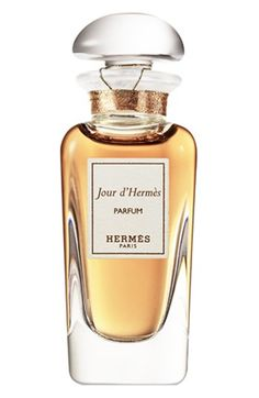 Jour d`Hermes Parfum by Hermès is a Floral fragrance for women. Jour d`Hermes Parfum was launched in Top notes are lemon, grapefruit and water not. Perfume Hermes, Perfume Versace, Perfume Diesel, Perfume Bottles, Perfume Tommy Girl, Perfume Good Girl, Ladies Perfume, Womens Perfume, Beauty Tips