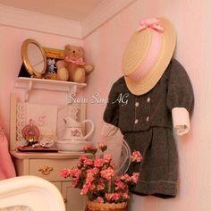 Samantha Parkington's 1904 bedroom