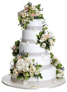 Wedding Cakes by Sylvia Weinstock / MOD blog Romantic wedding cake love to recreate this design ! www.frescofoods.co.nz