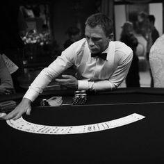Daniel Craig as James Bond in Casino Royale Daniel Craig James Bond, James D'arcy, Craig Bond, James Bond Tuxedo, James Bond Style, Rachel Weisz, Tom Holland, James Bond Casino Royale, Daniel Graig