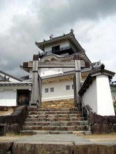 Kakegawa Castle and Gate japan shizuoka -- Find articles on Japan , Adventure Travel , Outdoor Pursuits, and Extreme Sports at http://adventurebods.com or find us on http://facebook.com/adventurebods