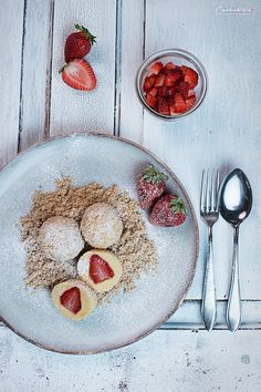 """Recipe for traditional Austrian strawberry dumplings. Austrian """"Mehlspeisen"""" classic recipe for a sweet dish or a dessert. (in German). Snack Recipes, Snacks, Foodie Travel, Food Inspiration, Sweet Tooth, Food And Drink, Sweets, Dishes, Breakfast"""