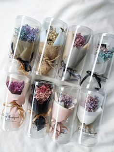 Dried Baby'sbreath Mini Bouquet New collection Nationwide shipping Flower Bouquet Diy, Diy Flowers, Flower Decorations, Paper Flowers, Flower Box Gift, Flower Boxes, Creative Gift Wrapping, Diy Crafts For Gifts, Flower Crafts