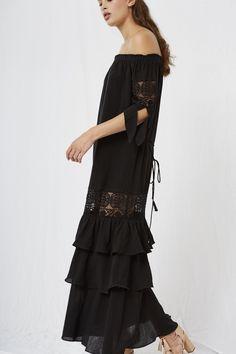 f14a9c135a48b  Maurina Off the Shoulder Maxi Black  Gothic Fashion