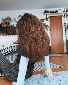 Curly Hair Cuts, Curly Hair Styles, Natural Hair Styles, Layered Curly Hair, Long Wavy Hair, Messy Hairstyles, Pretty Hairstyles, Long Curly Haircuts, Hair Day