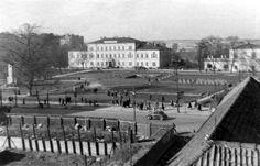 Plac Litewski, lata 50. XX w. źródło; Marian Jakóbiec