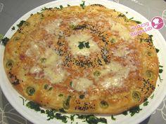 خبزة معمرة بالدجاج و كروفيت رطبة مثل القطن و رائعة في المذاق