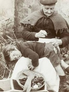 Photographic Print: Cornish Grandmother Repairs Her Grandson's pants : Antique Photos, Vintage Pictures, Old Pictures, Vintage Images, Old Photos, Black White Photos, Black And White, The Good Old Days, Vintage Photographs
