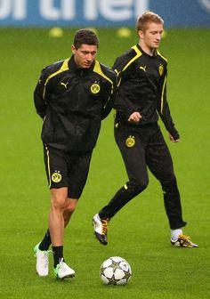 Robert Lewandowski Photos - Malaga CF v Borussia Dortmund - Zimbio
