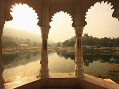 Udaipur, India....the city of Lakes #Hindu #architecture Mystic India
