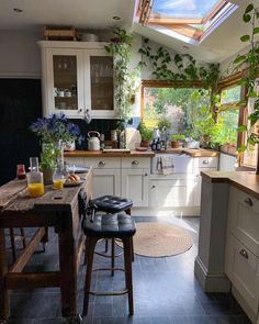 Sunny, warm and plant filled kitchen full of life in a small town Morpeth, North East England [2160x2700] Kitchen Interior, Home Interior Design, Kitchen Decor, Interior Home Decoration, Interior Garden, Interior Designing, Home Design Decor, Interior Decorating, Dream Home Design