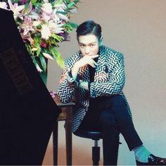 "[150421] TOP's Instagram: ""Vogue Japan"" #BIGBANG #TOP"