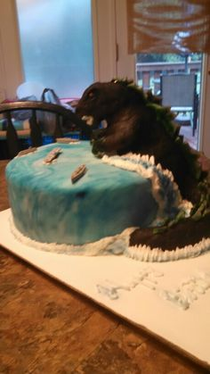 Godzilla cake by Mark Ballard 6th Birthday Parties, Birthday Cake, Godzilla Birthday, Cake Decorating, Decorating Ideas, Party Ideas, Exercise, Cakes, Cake