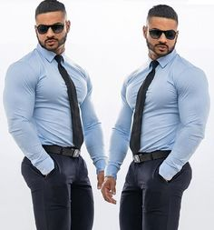 Mens Fashion Suits, Mens Suits, Sexy T Shirt, Formal Men Outfit, Herren Outfit, Men In Uniform, Big Men, Suit And Tie, Well Dressed Men