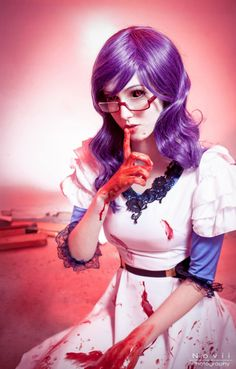 Rize Kamishiro from Tokyo Ghoul Cosplayer: Shiro Cosplay