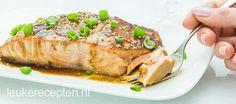 Zalm in een licht zoete Oosterse saus bereid in de oven, lekker met noedels of roerbakgroenten