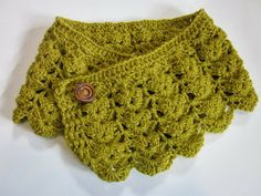 My favourite cowl!  Love the mustard colour and the variation in ways to wear it.  Link to pattern in previous blog post.