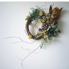 More, more, more! Dried Flower Wreaths, Dried Flowers, Christmas Crafts, Christmas Decorations, Holiday Decor, Bouquet, Fall Flowers, How To Make Wreaths, Diy Wreath