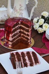 Arco-íris na Cozinha: Naked Cake de Chocolate, Cereja e Framboesa