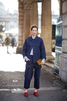 overall chic. #SiennaGuillory in London.