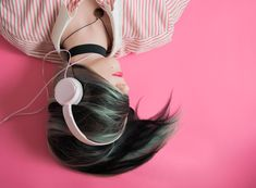 Whether you are working, commuting or relaxing you can easily keep learning more about the wonderful world of design thanks to these great podcasts. Here is a list of some of the best podcasts I have… Playlists, Musica Celestial, Alicia Moore, Pink Music, Music Music, Music Notes, Good Charlotte, Enneagram Types, Music Photo