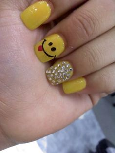 Yellow Happy Face With Beads nail art Nail Polish Designs, Cute Nail Designs, Pretty Designs, Get Nails, Hair And Nails, Nail Art Design Gallery, Nail Art At Home, Finger Art, Nails For Kids