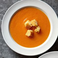 Butternut Squash & Carrot Soup- might make this for dinner, perfect day for it!
