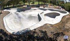 http://californiaskateparks.com/wp-content/uploads/2014/07/PECKPARK_DSC2073rskatepark.jpg
