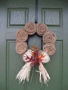Guest Project: Burlap Wreath Tutorial by LaForce Be With You Cheap Wreaths, Fall Wreaths, How To Make Wreaths, Christmas Wreaths, Burlap Wreaths, Christmas Tree, Crafts To Do, Fall Crafts, Diy Crafts