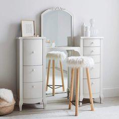 Pottery Barn Teen Lilac Standing Vanity - Home decor interests Furniture Vanity, Vanity Decor, Diy Vanity, Diy Furniture, Teen Vanity, Green Bathrooms Designs, Teen Girl Bedrooms, Teen Bedroom, Pottery Barn Teen