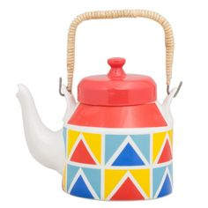 Serve your guests with some tea with the Time For Tea Kettle. Made from fine bone china, this kettle is sure to delight your guests. This kettle is dishwasher safe. Diy Bottle, Bottle Art, Bottle Crafts, Painted Flower Pots, Painted Pots, Hand Painted, Ceramic Painting, Diy Painting, Teapot Crafts