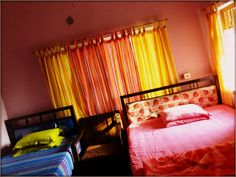 Sustha Homestay - Cheap Accommodation in Kolkata, West Bengal, India