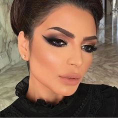 Bom Dia!!! #heldermarucci #makeup #makeupaddict #anastasiabeverlyhills #hudabeauty #abhglow